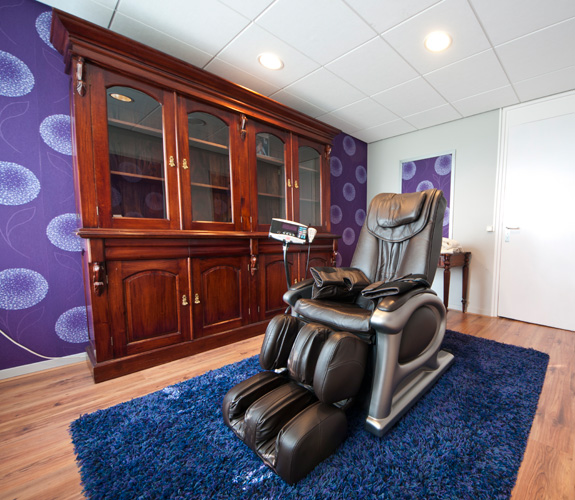 Massage stoel Beauty salon Het Nolderwoud